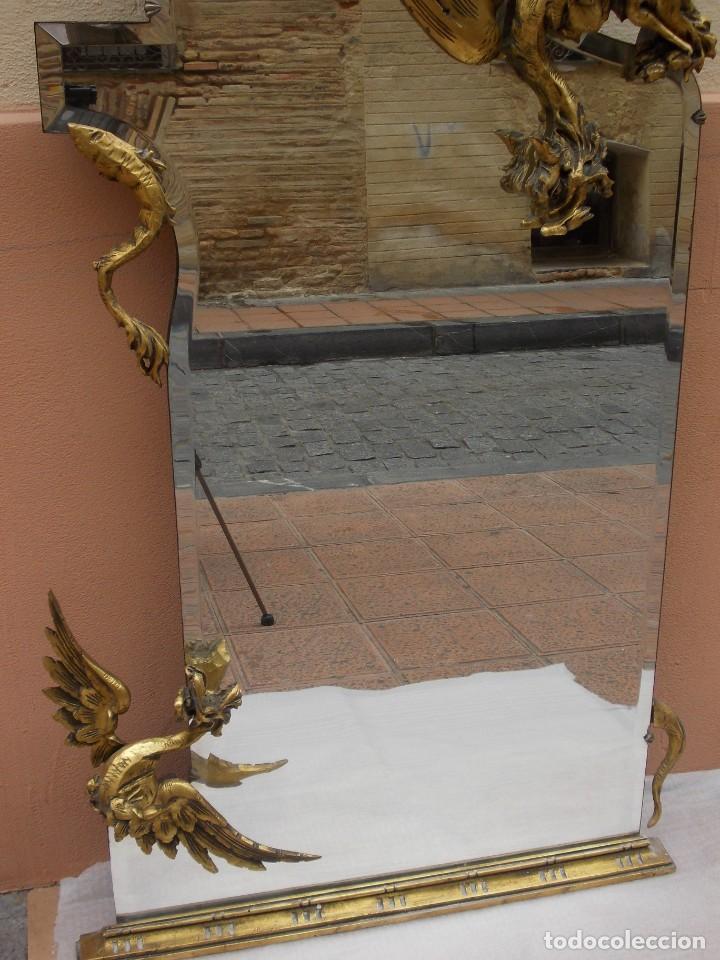 Antigüedades: IMPRESIONANTE ESPEJO DRAGONES DRAC MODERNISTA TALLA MADERA PAN DE ORO ART NOUVEAU - Foto 5 - 230335050