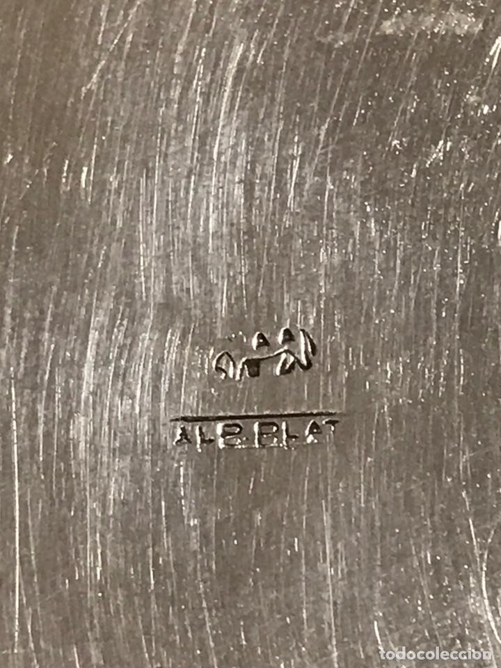 Antigüedades: Cenicero de alpaca plateada , con grabado de efigie del rey Carlos IV , grabado ALPPLAT, años 70 - Foto 4 - 230617835