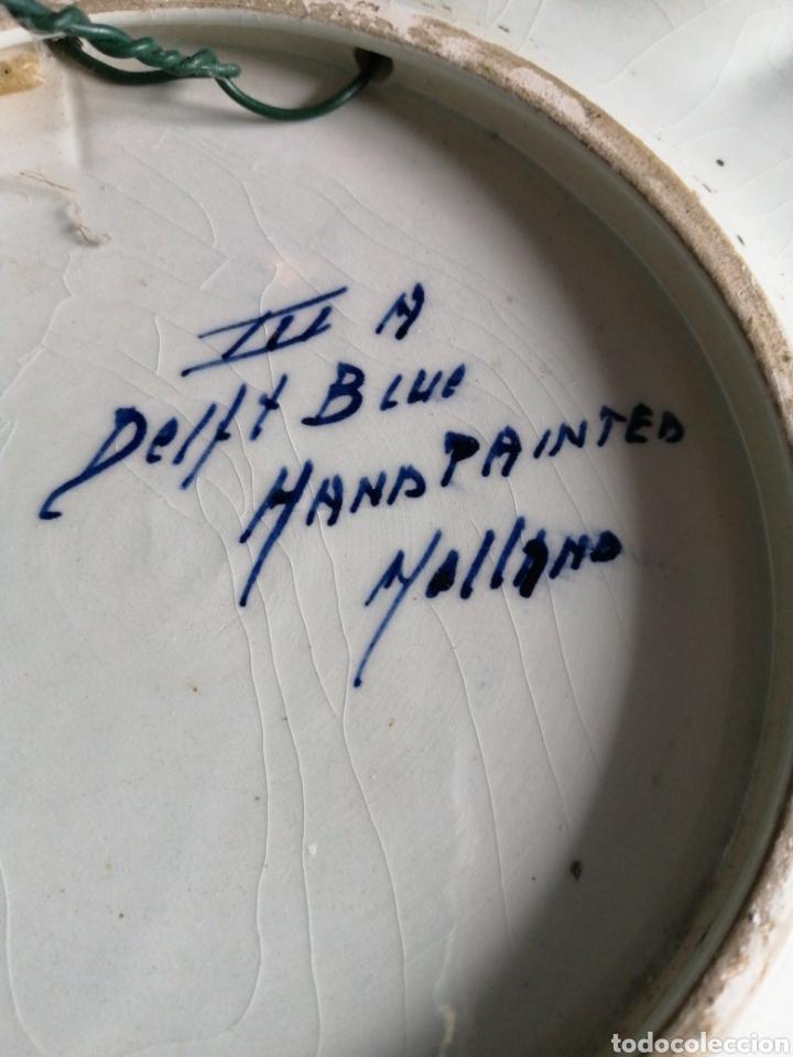 Antigüedades: GRAN PLATO CERÁMICA DELFT PINTADO A MANO firmado y numerado años 50 - Foto 5 - 230665545