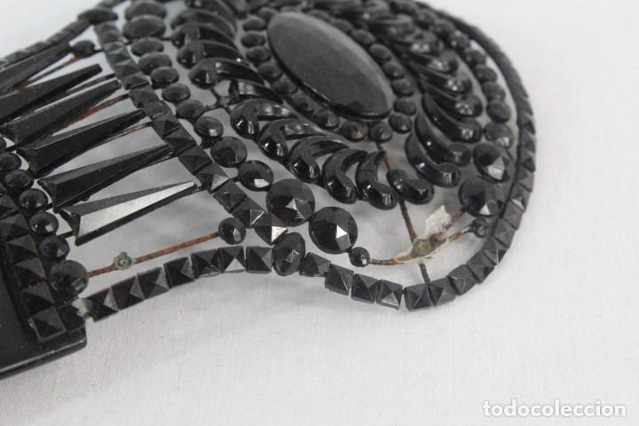 Antigüedades: Ref P - Peineta en celuloide realizada a mano. ca 1910 18x8.5cm Cuentas de cristal, algunas faltan - Foto 5 - 230667620