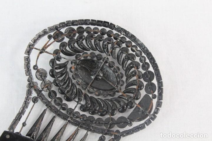 Antigüedades: Ref P - Peineta en celuloide realizada a mano. ca 1910 18x8.5cm Cuentas de cristal, algunas faltan - Foto 6 - 230667620