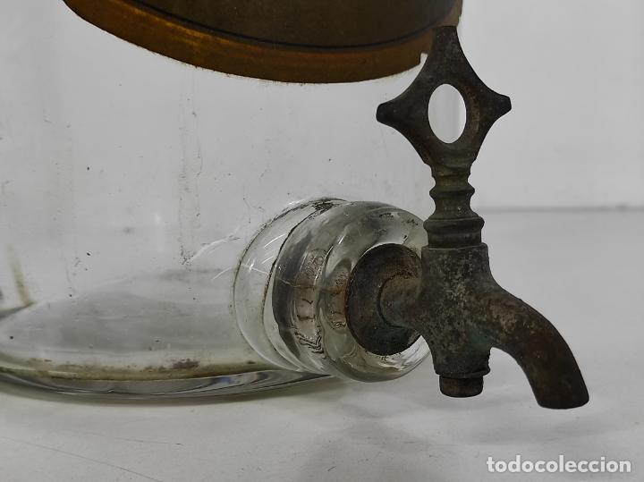 Antigüedades: Gran Botella de Perfume a Granel - Frasco con Grifo - Colonia Guiu, Barcelona - Años 20 - Foto 19 - 230814400