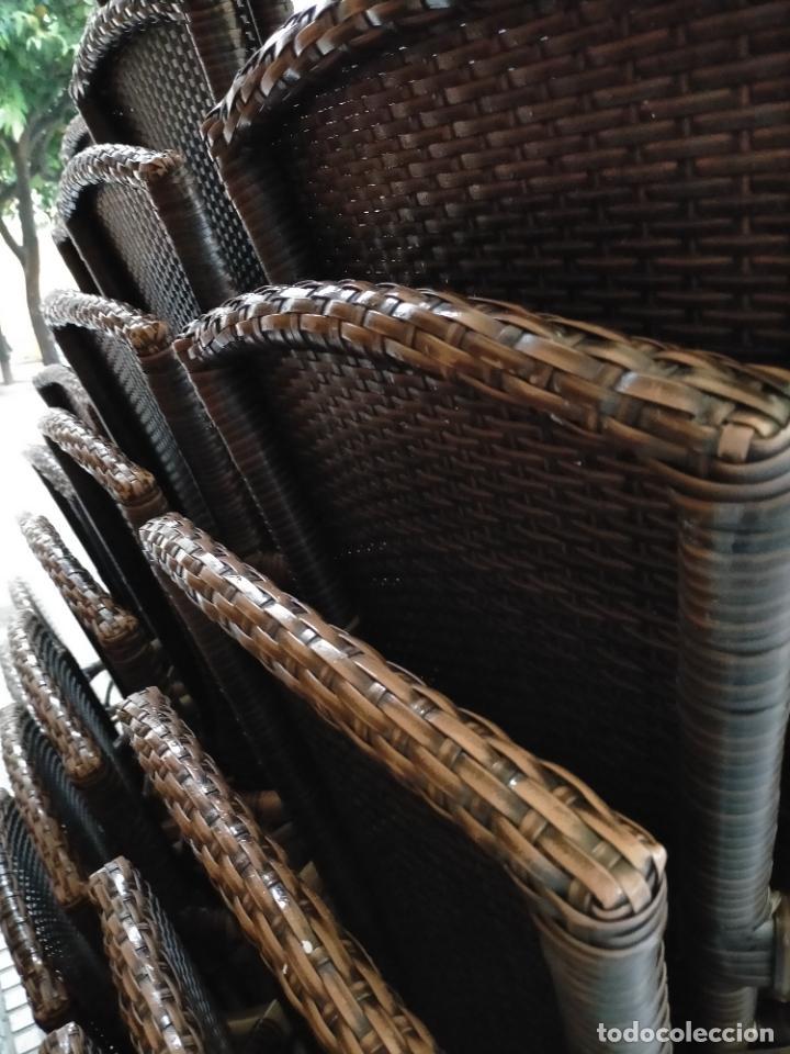 Antigüedades: SOLO RECOGIDA CADIZ CAPITAL CENTRO 24 sillas y 6 mesas de terraza BAR RESTAURANTE - Foto 13 - 229701075