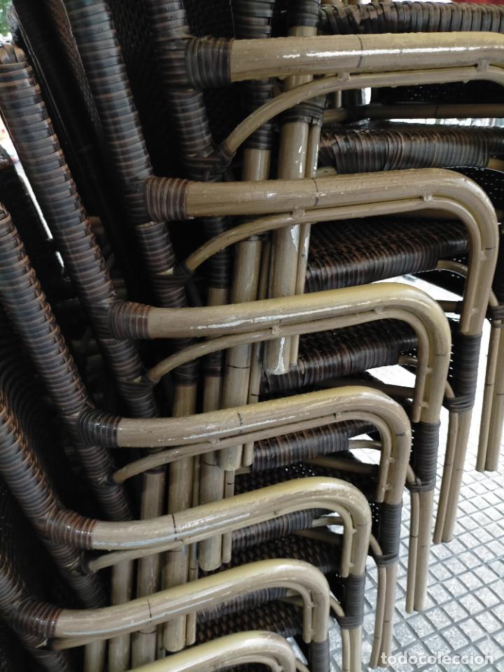 Antigüedades: SOLO RECOGIDA CADIZ CAPITAL CENTRO 24 sillas y 6 mesas de terraza BAR RESTAURANTE - Foto 29 - 229701075