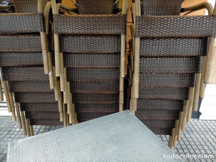 Antigüedades: SOLO RECOGIDA CADIZ CAPITAL CENTRO 24 sillas y 6 mesas de terraza BAR RESTAURANTE - Foto 3 - 229701075