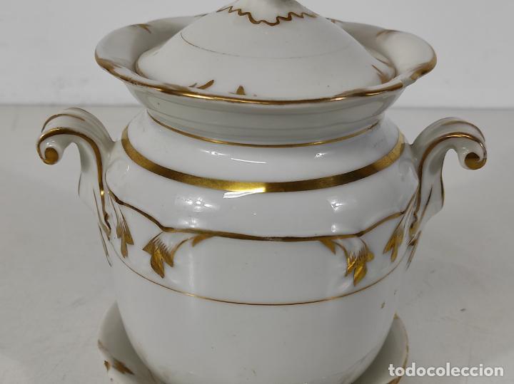 Antigüedades: Preciosa Pequeña Sopera Isabelina - Porcelana Dorada - con Plato - S. XIX - Foto 4 - 230831275