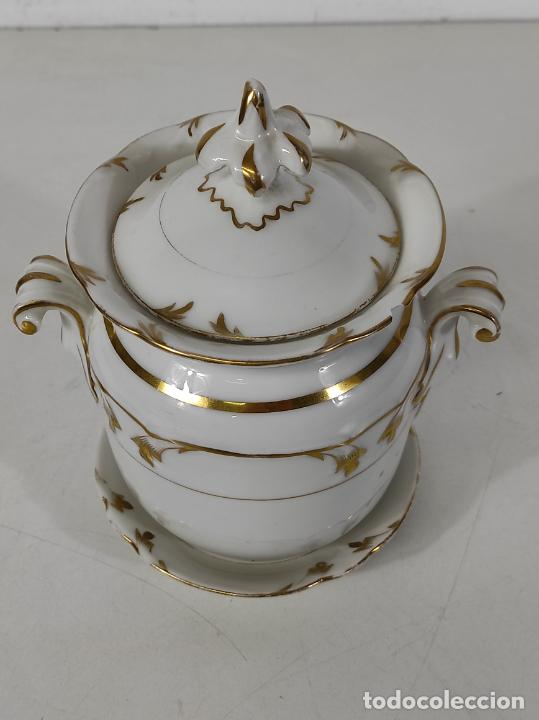 Antigüedades: Preciosa Pequeña Sopera Isabelina - Porcelana Dorada - con Plato - S. XIX - Foto 8 - 230831275