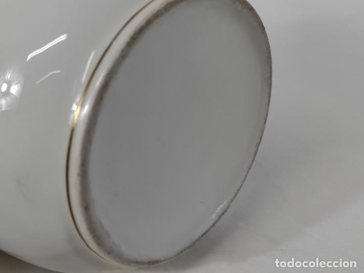 Antigüedades: Preciosa Pequeña Sopera Isabelina - Porcelana Dorada - con Plato - S. XIX - Foto 25 - 230831275