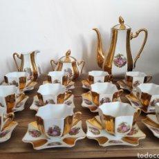 Antigüedades: JUEGO DE CAFÉ DE 12 SERVICIOS, EN PORCELANA FRANCESA. LIMOGES. COMPLETA.. Lote 230864425