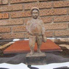 Antigüedades: SANCHO PANZA CON LA BOLSA DE DUCADOS. TALLA MADERA OURO. Lote 230874525