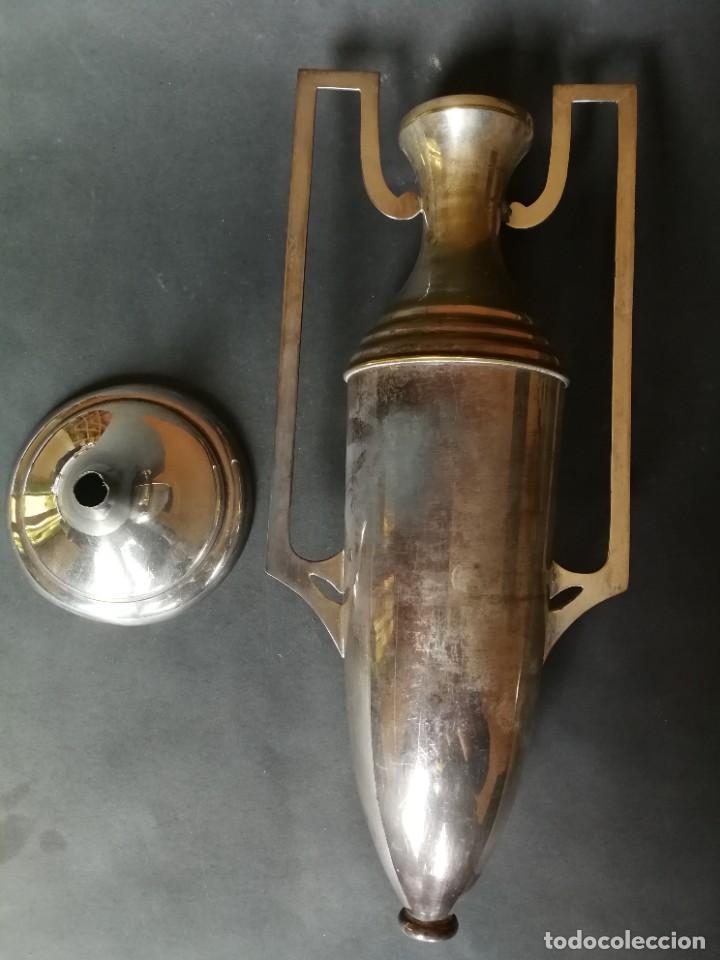 Antigüedades: Jarrón metálico con asas - Foto 5 - 231005280