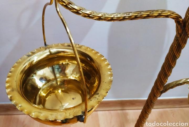Antigüedades: Macetero con Pie; Brazos de Latón y Metal Dorado; 4 maceteros. - Foto 9 - 231201950