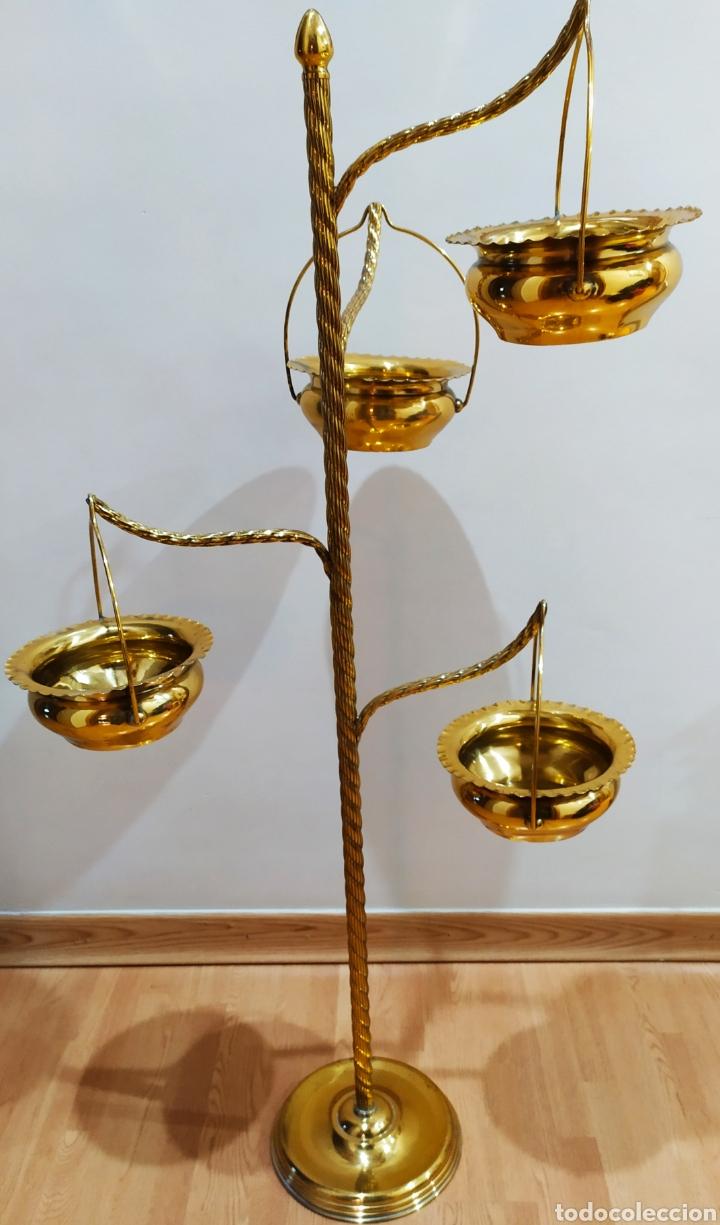 Antigüedades: Macetero con Pie; Brazos de Latón y Metal Dorado; 4 maceteros. - Foto 20 - 231201950