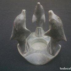 Antigüedades: VELERO CON DELFINES EN PIEDRA MARMOLEA. Lote 231306465
