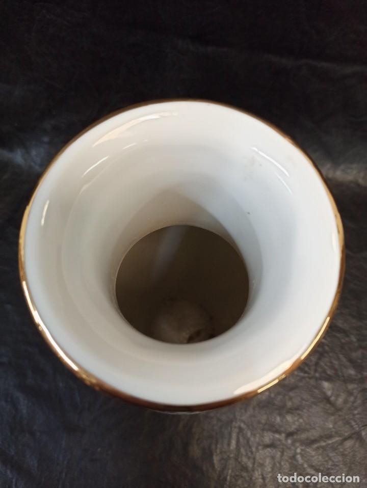Antigüedades: Elegante jarrón con decoración floral y pájaros. V1 - Foto 5 - 231456735
