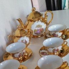 Antigüedades: ANTIGUIO JUEGO DE CAFE OU TE PORCELANA BAVARIA PINTADO A POLBO ORO 24K VASAL ROMANTICO ANOS 30,40. Lote 231492745