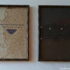 Antigüedades: PAREJA DE PORTARRETRATOS EN LATÓN MARCA ARCO MADE IN ENGLAND.. Lote 231500395