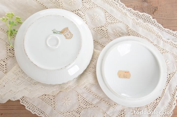 Antigüedades: Joyero de porcelana vintage de Limoges Francia, caja porcelana flores y dorada - Foto 6 - 231531485