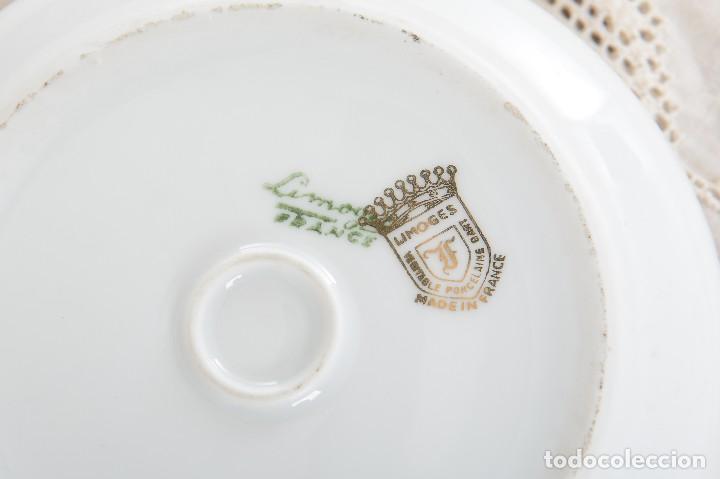 Antigüedades: Joyero de porcelana vintage de Limoges Francia, caja porcelana flores y dorada - Foto 7 - 231531485