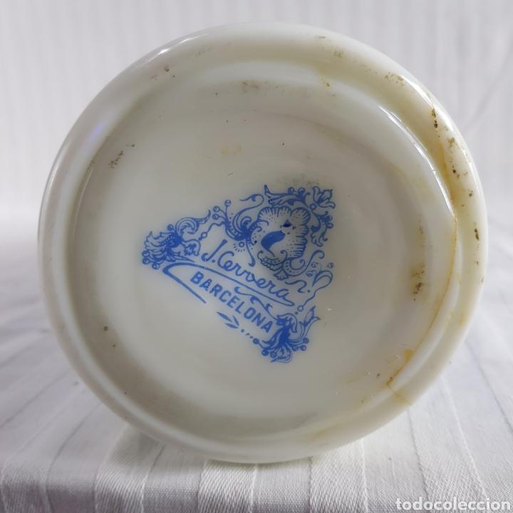Antigüedades: Jarrón opalina Blanca de J. Cervera presenta Faltas - Foto 8 - 231625030