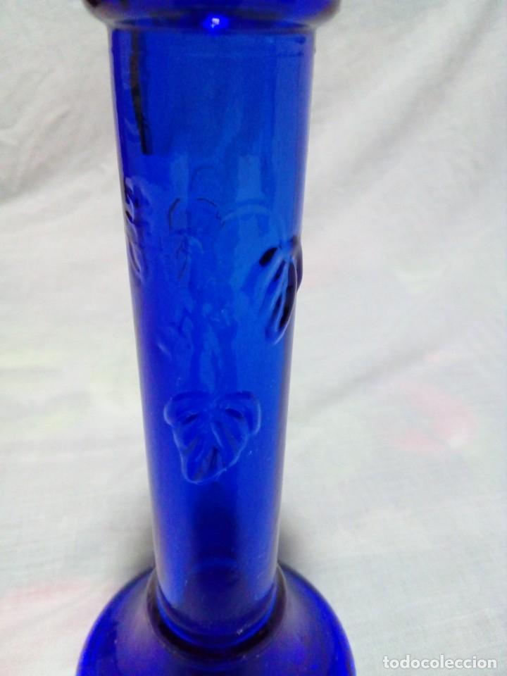 Antigüedades: portavelas de cristal azul - Foto 3 - 231675540