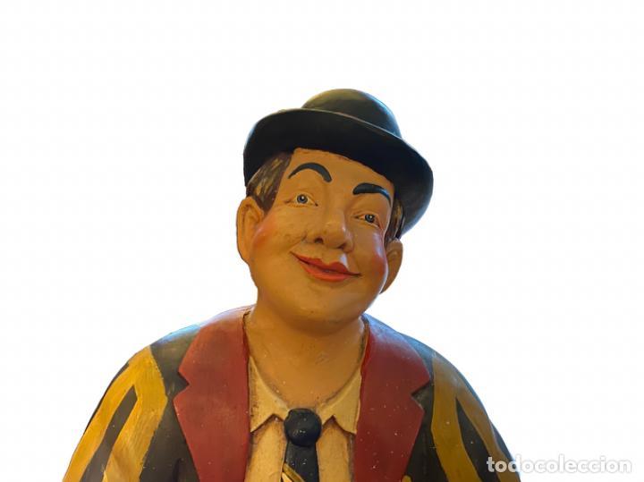 Antigüedades: Espectacular paragüero, Oliver Hardy,muy bien conservado. - Foto 3 - 231686625