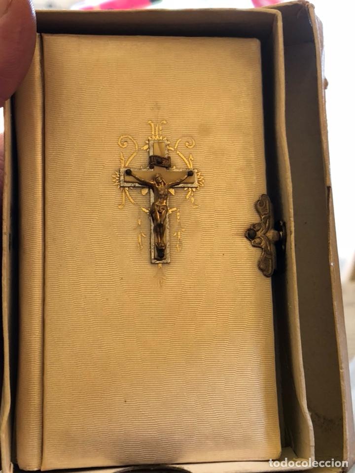 Antigüedades: Misal para comunión, en su caja - Foto 2 - 231756460