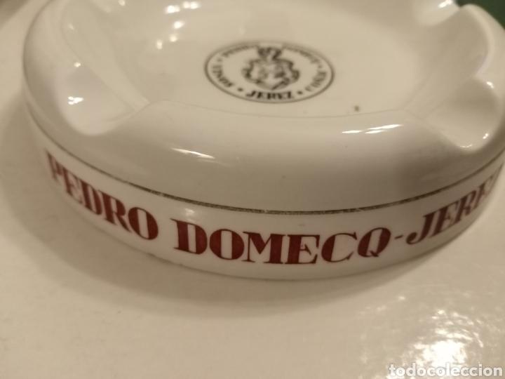 Antigüedades: Cenicero Vinos Pedro Domecq Jerez Royal China Vigo - Foto 2 - 231893780