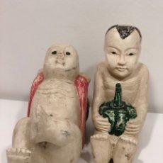Antigüedades: PAREJA DE FIGURAS JAPONESAS CIRCA 1.950. Lote 231905805