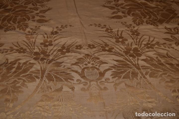 Antigüedades: mantón de seda indumentaria - Foto 4 - 231920695