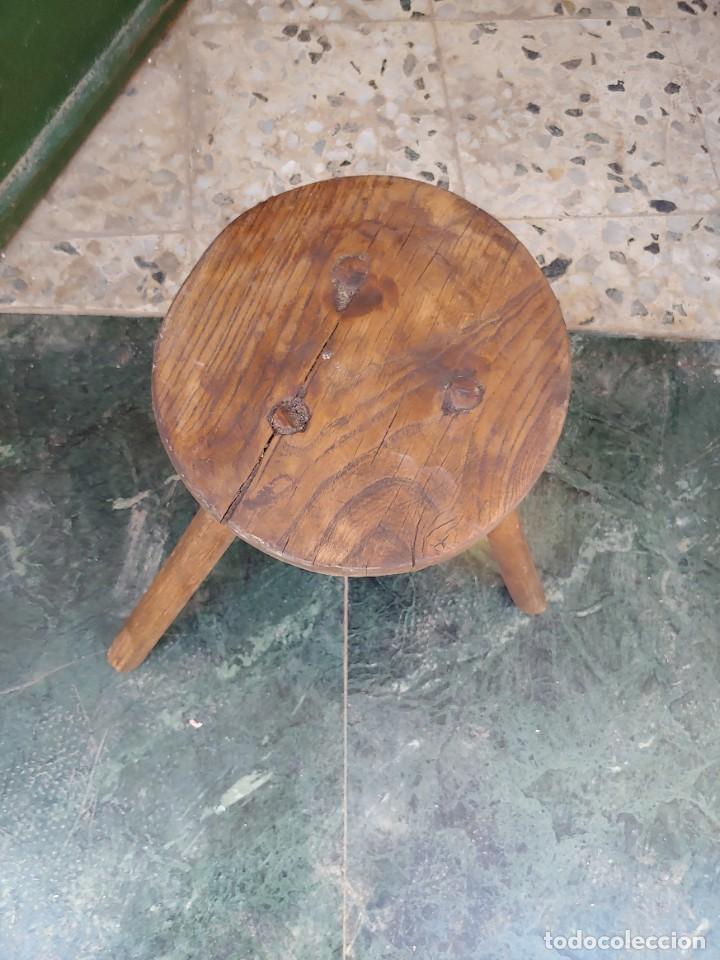 Antigüedades: Banco de ordeño - Foto 2 - 231942225