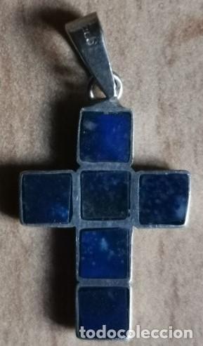 Antigüedades: COLGANTE MEDALLA Cruz de plata 925 contraste y lapislazuli en cubos planos Largo 2,5 cm (con anilla) - Foto 3 - 231980280