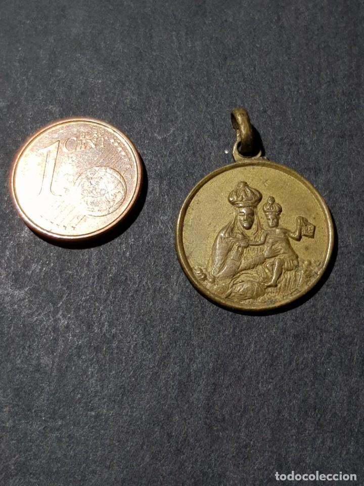 ANTIGUA MEDALLA VIRGEN CON EL NIÑO (Antigüedades - Religiosas - Medallas Antiguas)