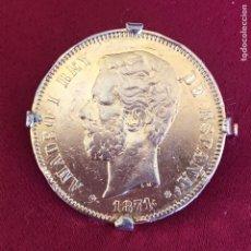 Antigüedades: ANTIGUO BROCHE DE MONEDA DE 5 PESETAS. Lote 232028370
