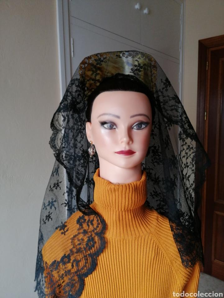 PRECIOSA MANTILLA TIPO CHANTILLY (Antigüedades - Moda - Mantillas)