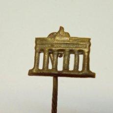 Antigüedades: ANTIGUO ALFILER DE PAÑUELO. Lote 232206415