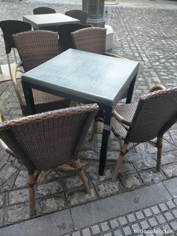 Antigüedades: SOLO RECOGIDA CADIZ CAPITAL CENTRO 24 sillas y 6 mesas de terraza BAR RESTAURANTE - Foto 5 - 229701075