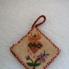 Antiquités: DETENTE BALA ANTIGUO BORDADO. Lote 232281770