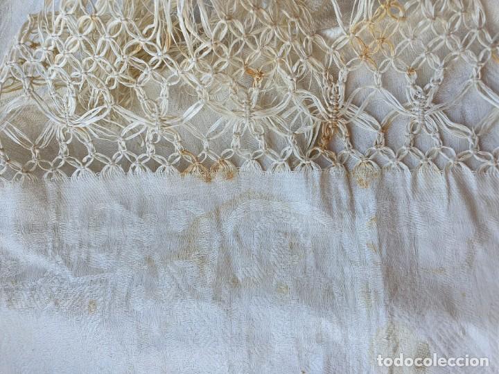 Antigüedades: Toalla de hilo adamascado de comunion - Foto 4 - 232335745