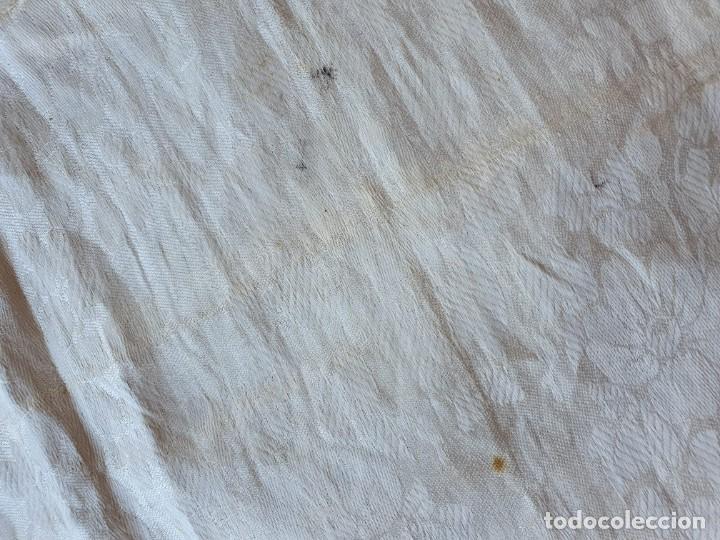Antigüedades: Toalla de hilo adamascado de comunion - Foto 6 - 232335745