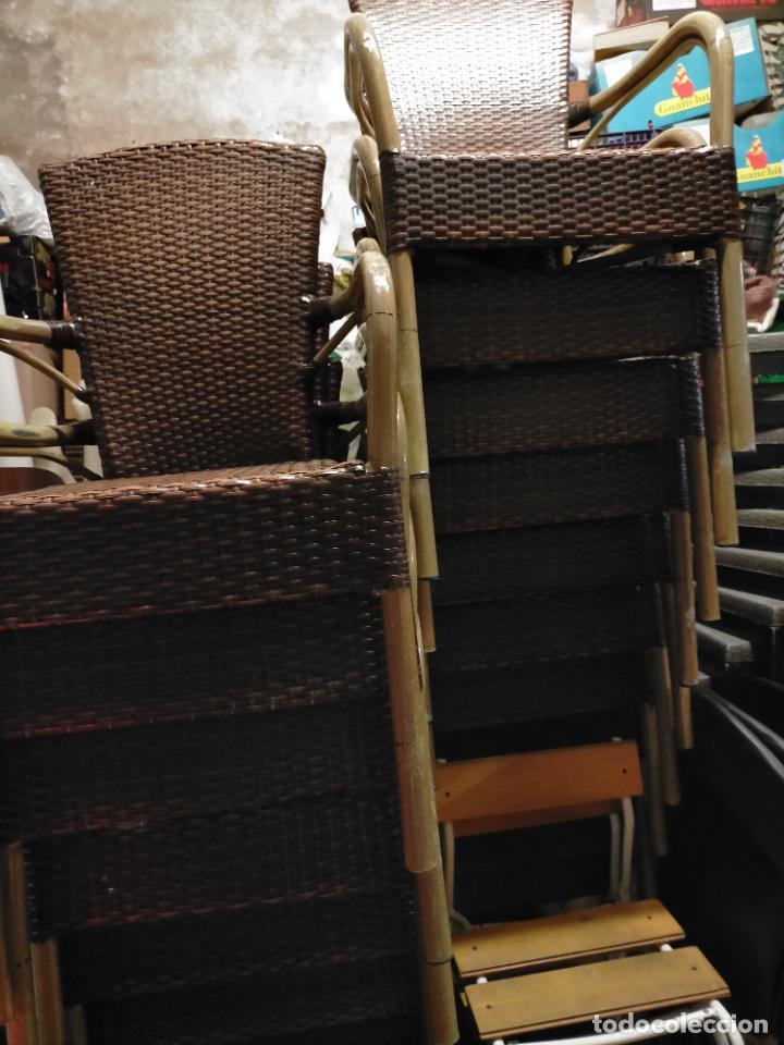 Antigüedades: SOLO RECOGIDA CADIZ CAPITAL CENTRO 24 sillas y 6 mesas de terraza BAR RESTAURANTE - Foto 52 - 229701075