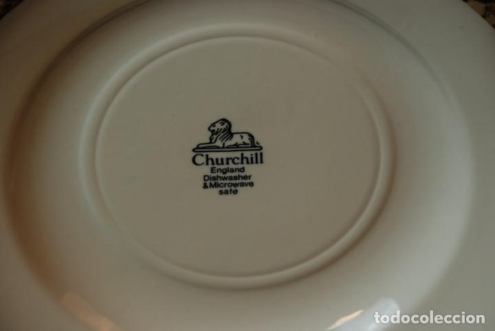 Antigüedades: Vajilla inglesa Churchill. 16 platos de tres tamaños. 24, 20 y 13 cm. Bella decoración. Siglo XX. - Foto 10 - 232761685