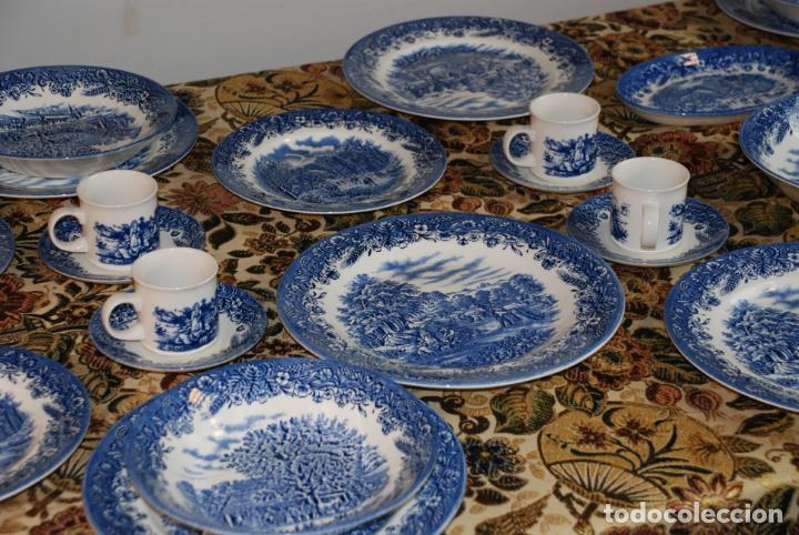 Antigüedades: Conjunto de 30 bellas piezas de vajilla inglesa Churchill. Siglo XX. - Foto 2 - 232785145