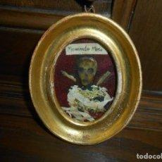 """Antigüedades: RELICARIO CON CALAVERA Y PETALOS DE FLORES Y LEYENDA """"MOMENTO MORI"""". Lote 232838030"""