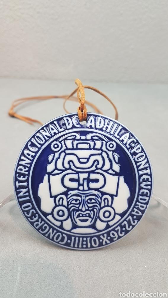 MEDALLA DE SARGADELOS, III CONGRESO INTERNACIONAL DE ADHILAC. PONTEVEDRA. ANO 2001 (Antigüedades - Porcelanas y Cerámicas - Sargadelos)
