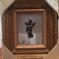 Antigüedades: CUADRO CON CRISTAL CON ANGELITO. Lote 233005140