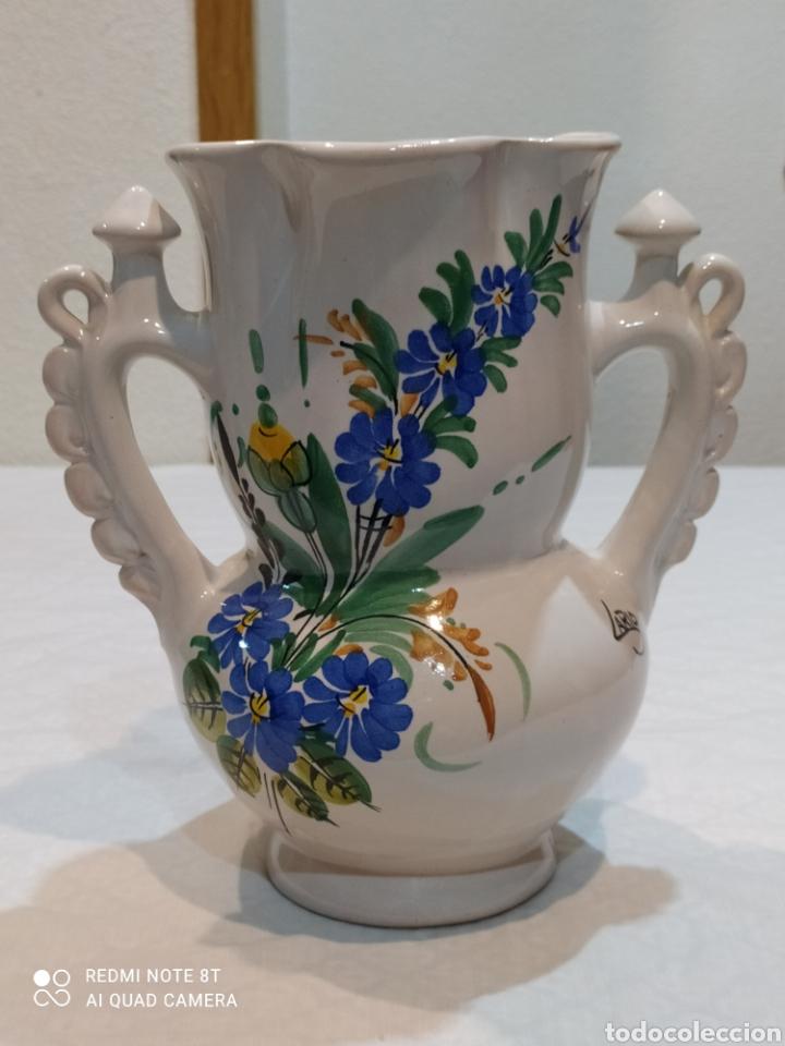 PRECIOSO JARRÓN ANTIGUO DE LA NOVIA DE LARIOS (Antigüedades - Porcelanas y Cerámicas - Lario)