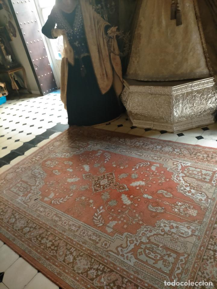 Antigüedades: gran alfombra, iglesia besamanos virgen cofradia , 230 x 167 - Foto 3 - 233075925
