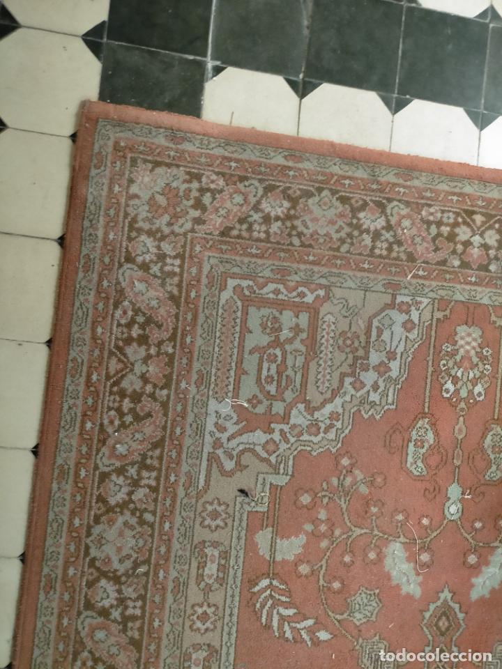 Antigüedades: gran alfombra, iglesia besamanos virgen cofradia , 230 x 167 - Foto 6 - 233075925
