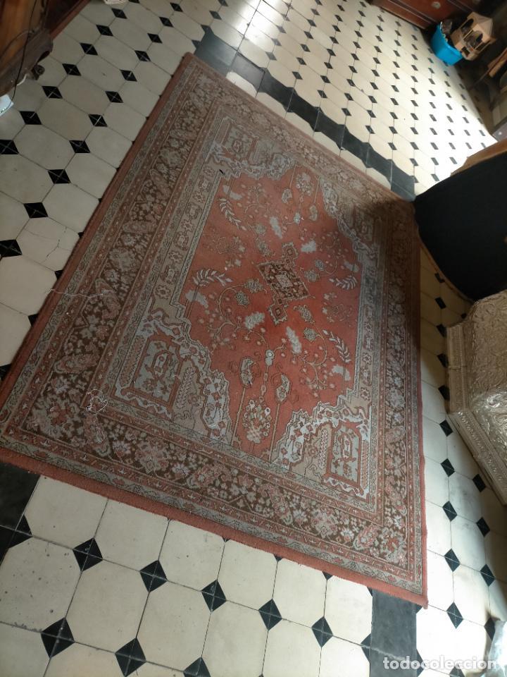 Antigüedades: gran alfombra, iglesia besamanos virgen cofradia , 230 x 167 - Foto 16 - 233075925